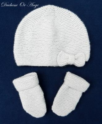 Dover grey baby hat and mittens - 3 months old