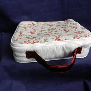 Doaa 19 b duchesse or ange valisette matelassee beige roses baby suitcase