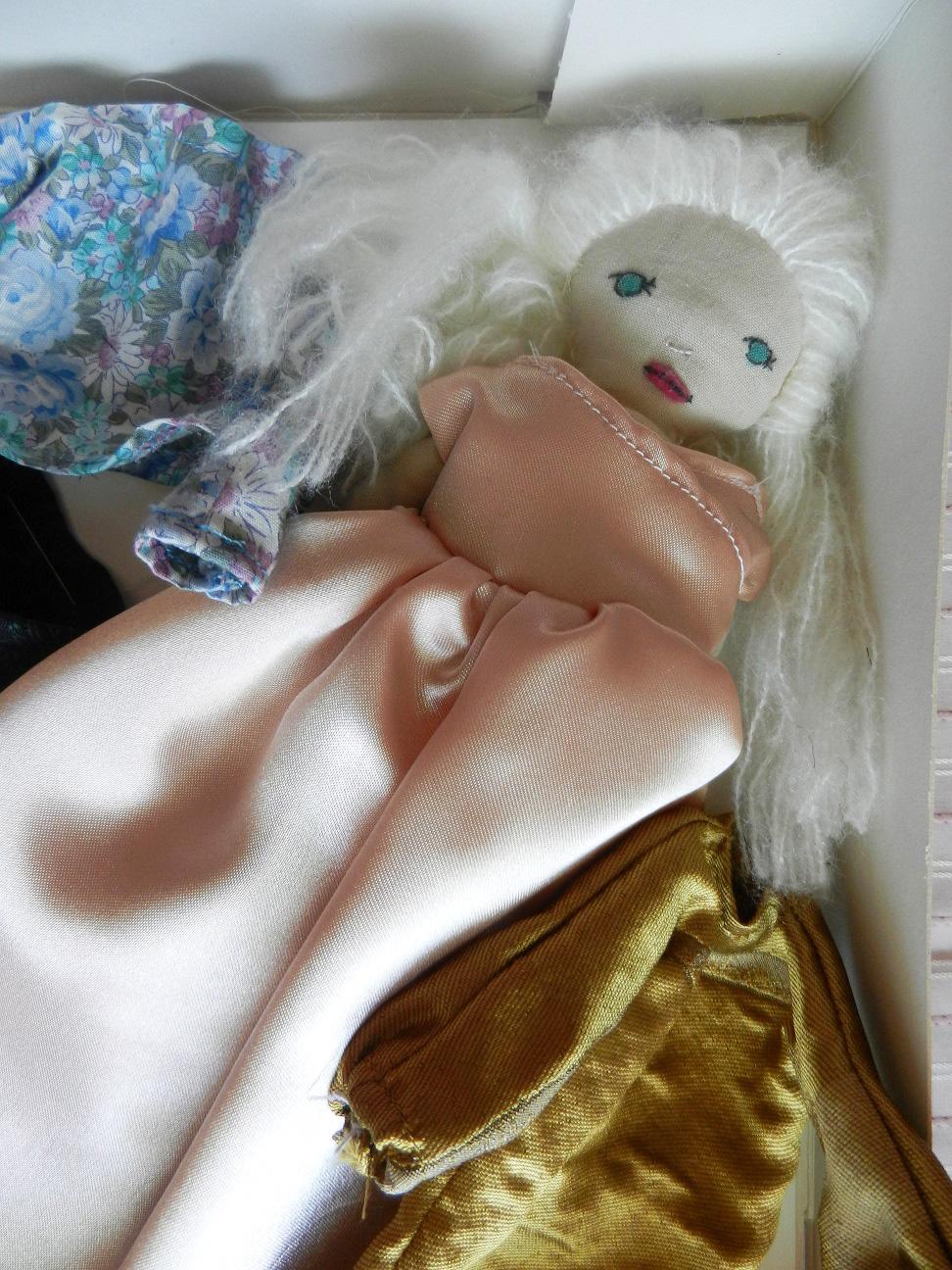Doap 4 b coffret poupee blonde robe rose