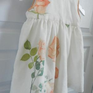 Duchesse or ange 251 c robe bebe voile de lin roses blanche orange baby dress linen white orange roses