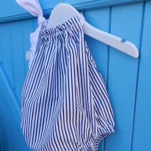 Duchesse or ange 260 b maillot de bain bebe enfant fille fillette raures marine blanche coton noeud blanc