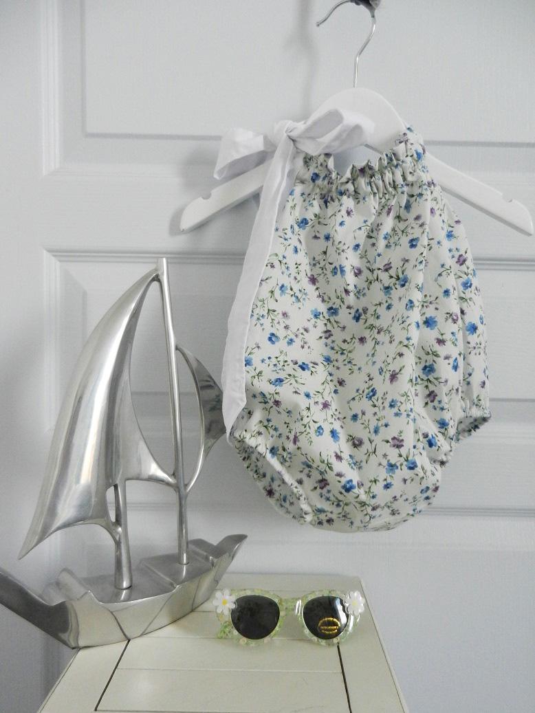 Duchesse or ange 269 maillot de bain fleurs bleues blue flowers bathing suit a