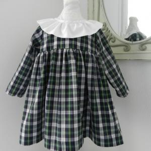 Duchesse or ange doa 282 robe bebe tartan vert noir col fronce blanc baby dress green black tartan white frilled collar a