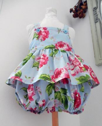 Duchesse or ange doa 302 barboteuse fille bleu ciel fleurs roses pink flowers sky blue girl baby rompers c
