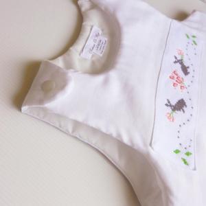 Duchesse or ange doa 306 gigoteuse rose et blanche point de croix lapins b