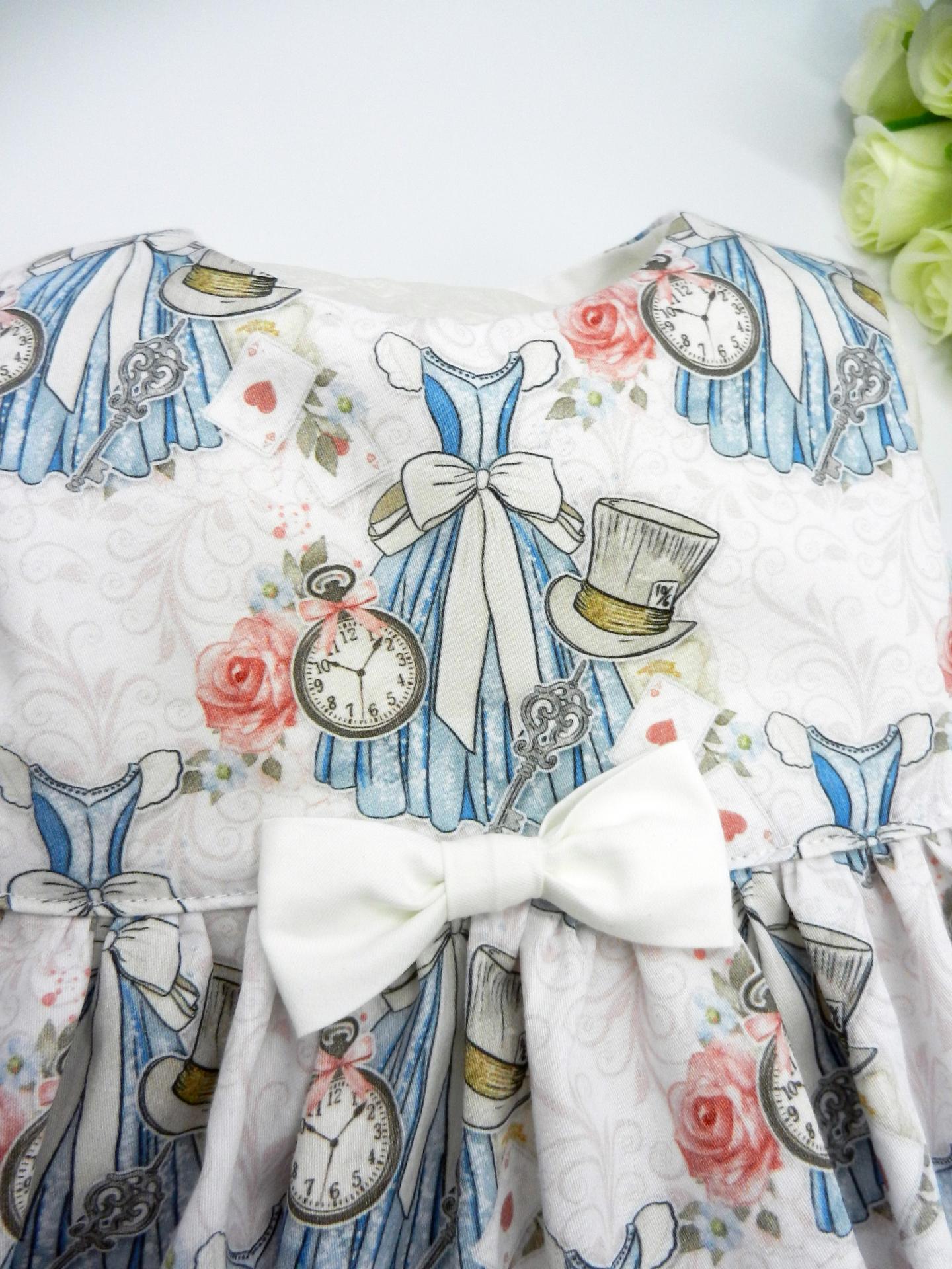 Duchesse or ange doa 308 robe sans manches merveilles blanches noeud blanc sur le devant c