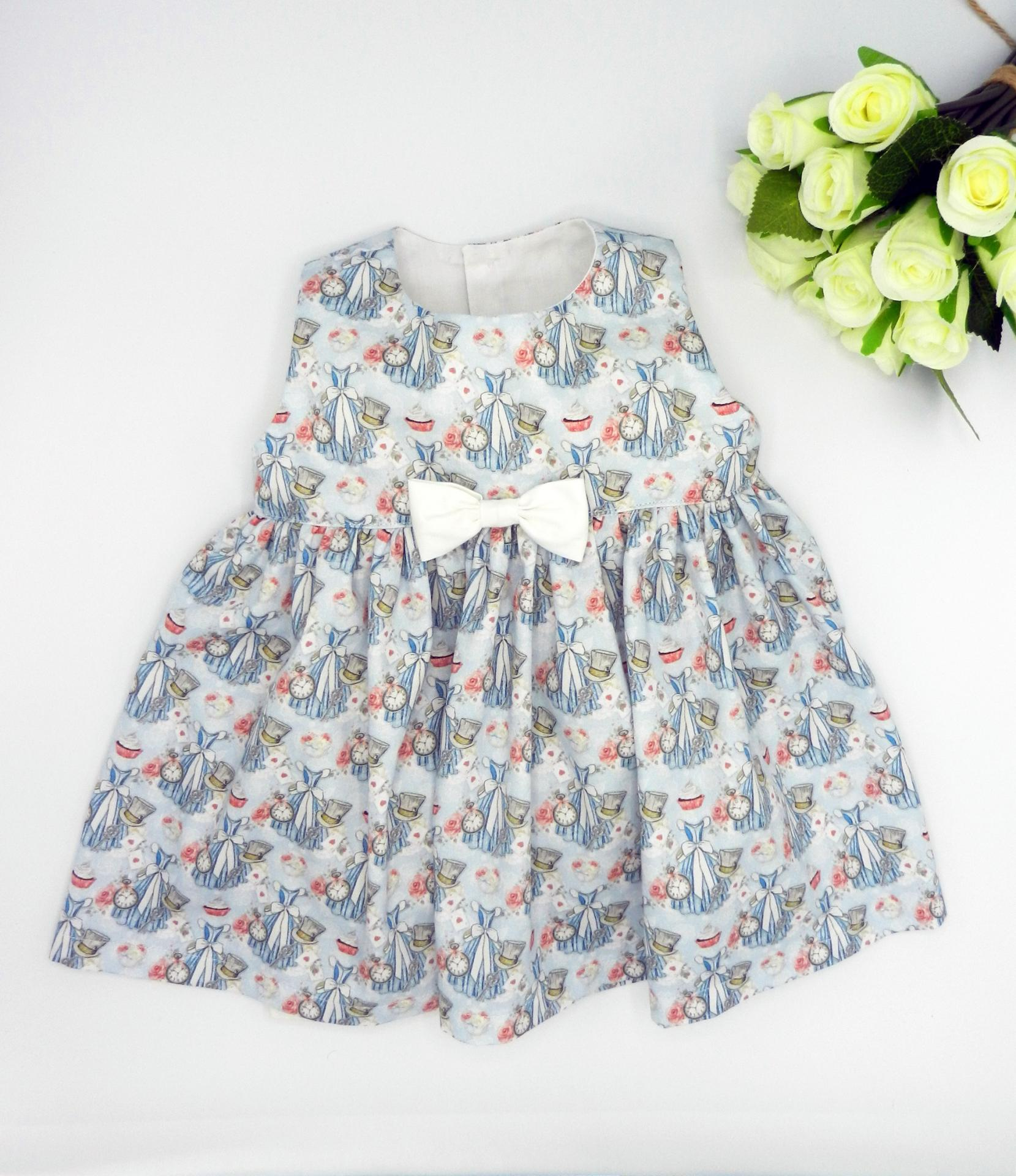 Duchesse or ange doa 308b robe sans manches merveilles bleues noeud blanc sur le devant a
