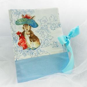 Duchesse or ange doaa 47 protege carnet de sante beatrix potter lapin rabbit
