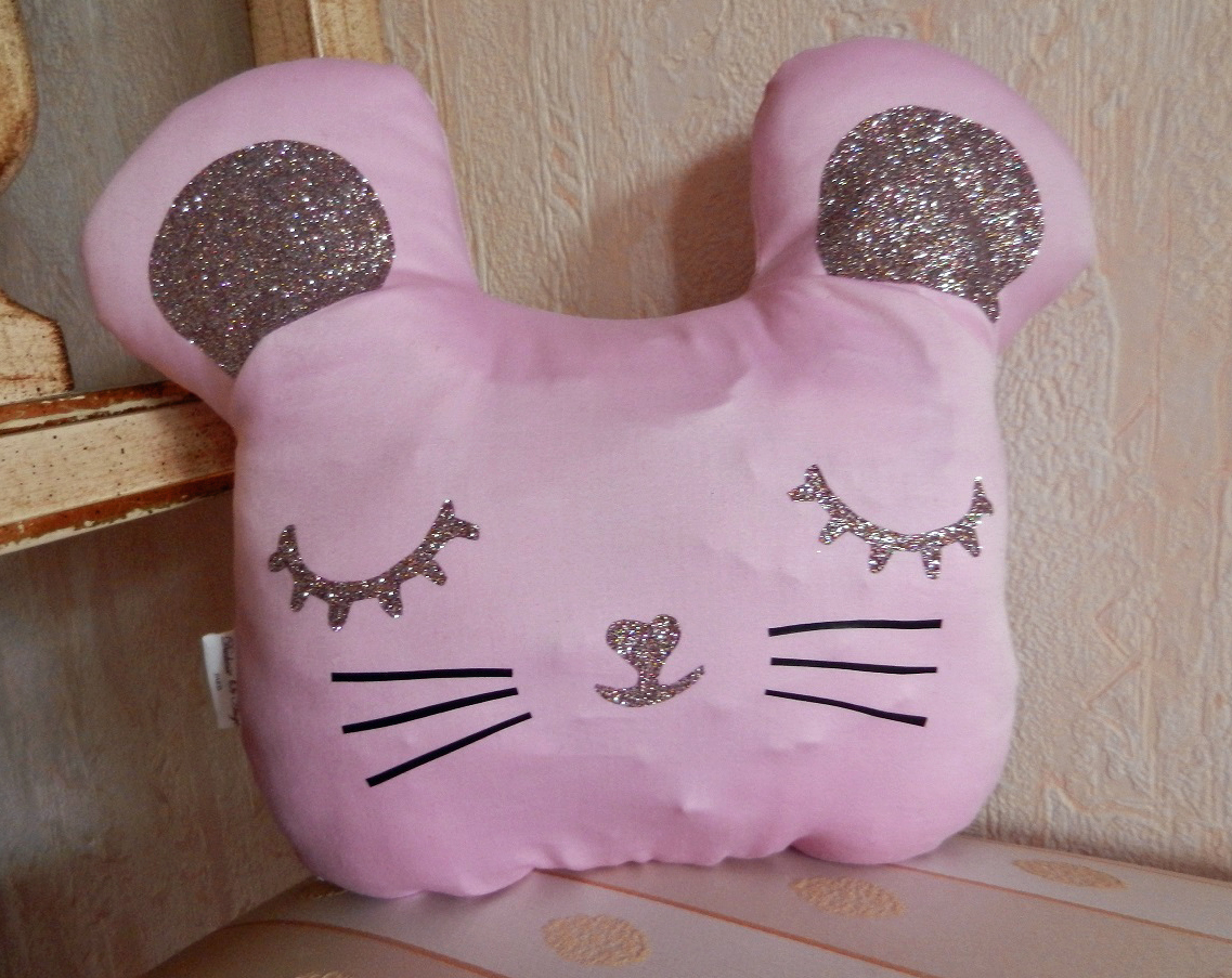 Duchesse or ange doaa 51 coussin veilleuse souris rose a