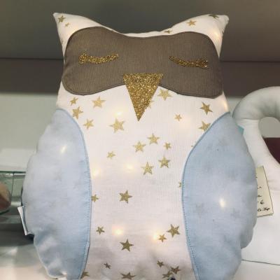 Coussin veilleuse hibou blanc étoilé et bleu ciel
