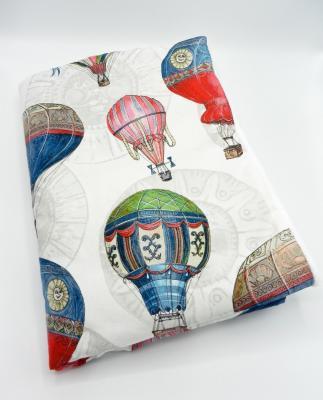 Couverture bébé en imprimé ballons dirigeables