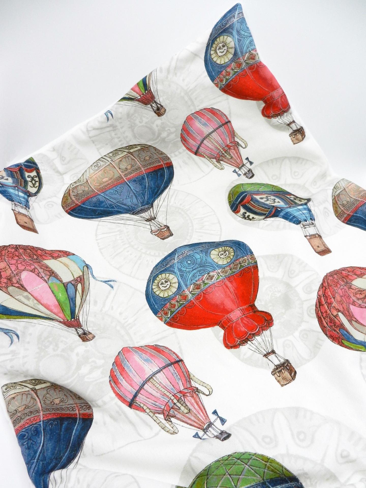 Duchesse or ange doaa 64 couverture bebe en imprime ballons dirigeables c