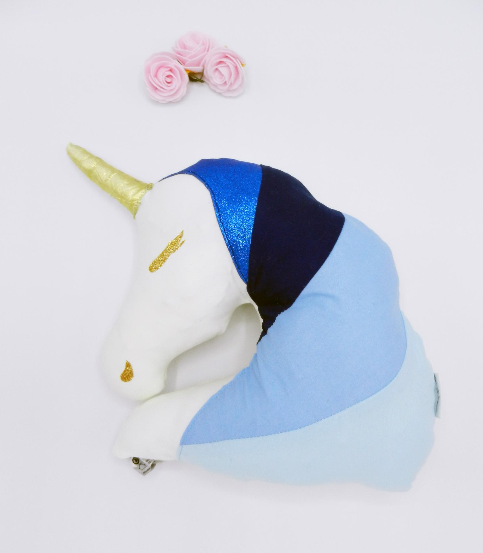 Duchesse or ange doaa 69 coussin veilleuse licorne bleue personnalisable b