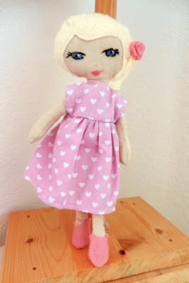 Small platinum blond haired Mistinguette rag doll