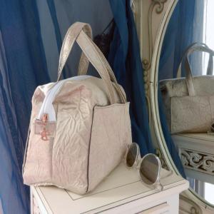 Duchesse or ange doas 5 sac boudoir tissu moire argent b