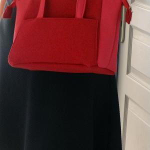 Duchesse or ange doas 9 sac boudoir rouge duveteux et satine e