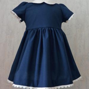 Duchesse or ange robe bebe bleu marine dentelle blanche a